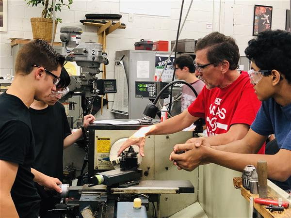 Students participate in Summer Advanced Manufacturing Experience (SAME) program