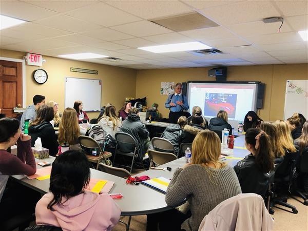 EMCC students learn importance of financial wellness